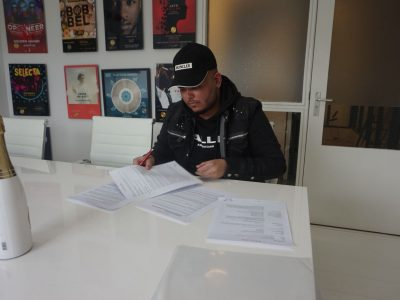 New signing: Shikss