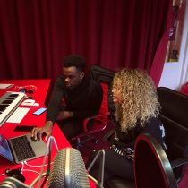 Vandaag hebben we Zefanio & Delany in de Avalon Studio 🔴💥
