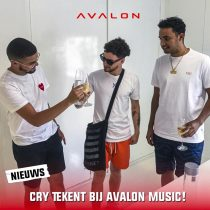 Cry tekent bij Avalon Music!